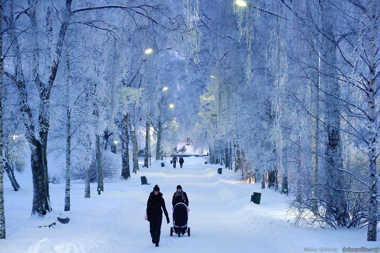 Dịch vụ chuyển phát nhanh quốc tế đi Phần Lan